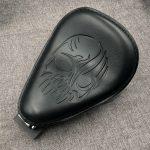 Para-Harley-Sportster-Bobber-Chopper-883-XL883L-XL883C-XLH1200-Skull-Solo-soporte-de-asiento-de-cuero-1